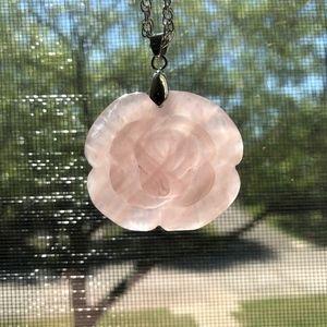 Jewelry - New Rose Quartz Carved Flower Pendant Necklace